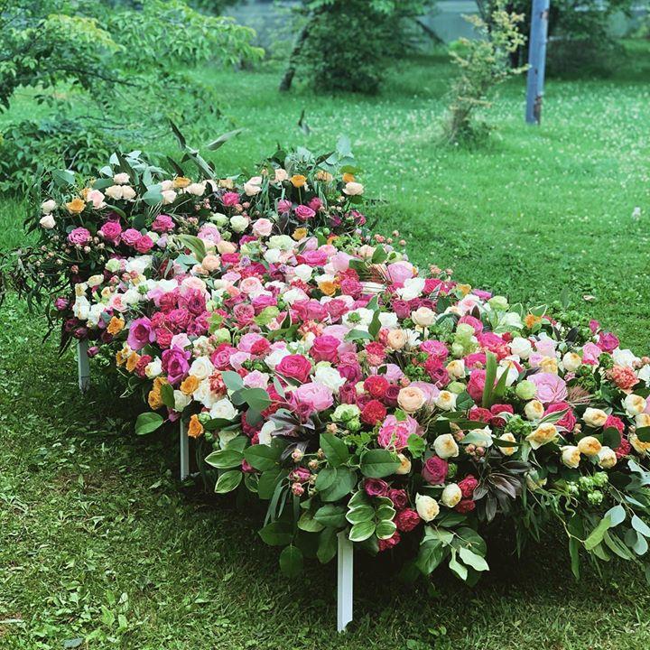 作品 薔薇のベッド